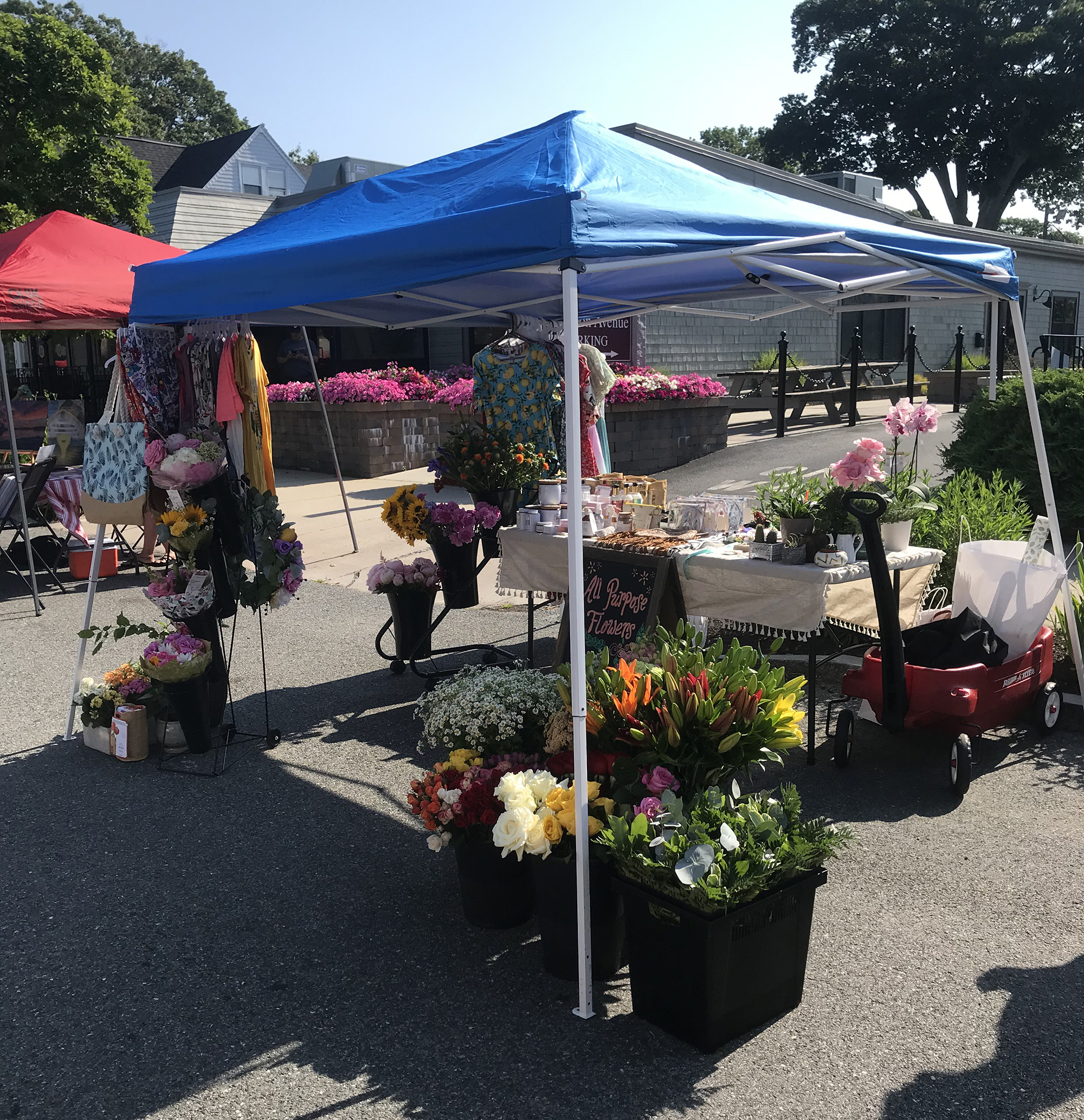 flower booth at the farmers market