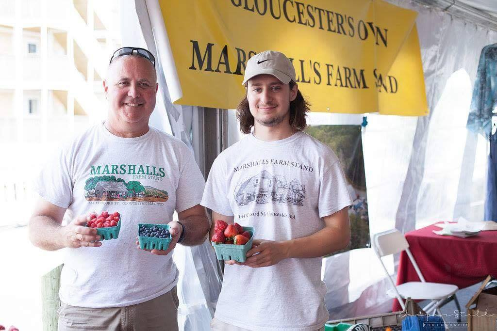 marshalls farm stand gloucester fresh berries